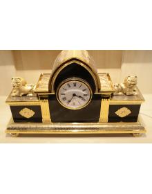 Часы каминные со львами